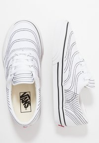 Vans - ERA - Sneakersy niskie - true white/black - 1