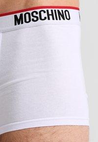Moschino Underwear - TRUNK 2 PACK - Underbukse - white - 3