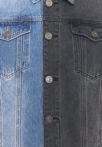 Mennace - SPLICED TRUCKER JACKET - Veste en jean - blue - 2