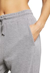 Free People - BACK INTO IT  - Tracksuit bottoms - grey - 4