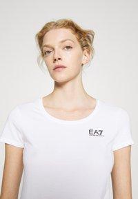 EA7 Emporio Armani - T-Shirt print - white/black - 3
