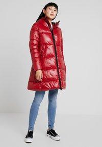 G-Star - WHISTLER LONG HIGH SHINE - Abrigo de invierno - red - 0