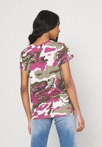 G-Star - VNECK - Print T-shirt - whitebait pop multi - 2