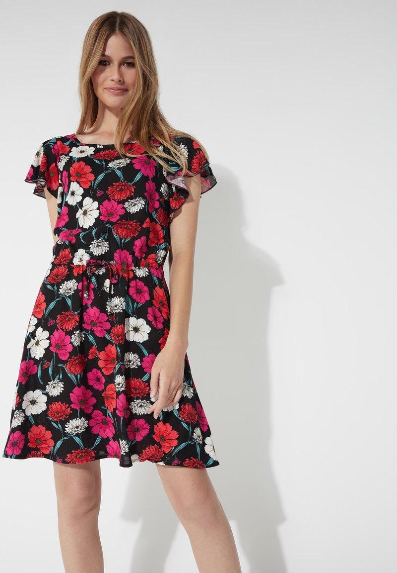 Tezenis - MIT VOLANTÄRMEL - Day dress - nero st.blossom pink