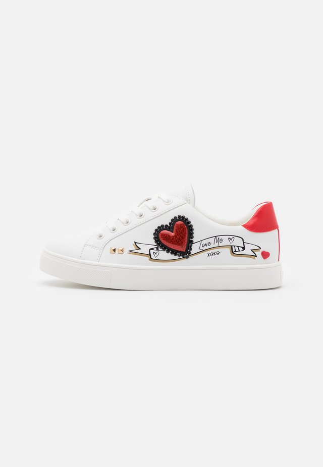 AMTZELL - Sneakers laag - white
