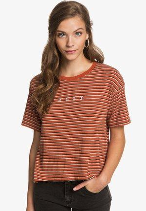 INFINITY IS BEAUTIFUL - Print T-shirt - auburn indie stripes