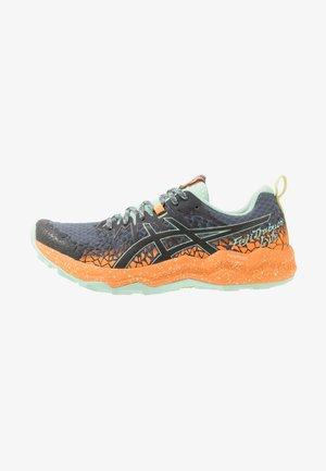 FUJITRABUCO LYTE - Trail running shoes - metropolis/orange pop