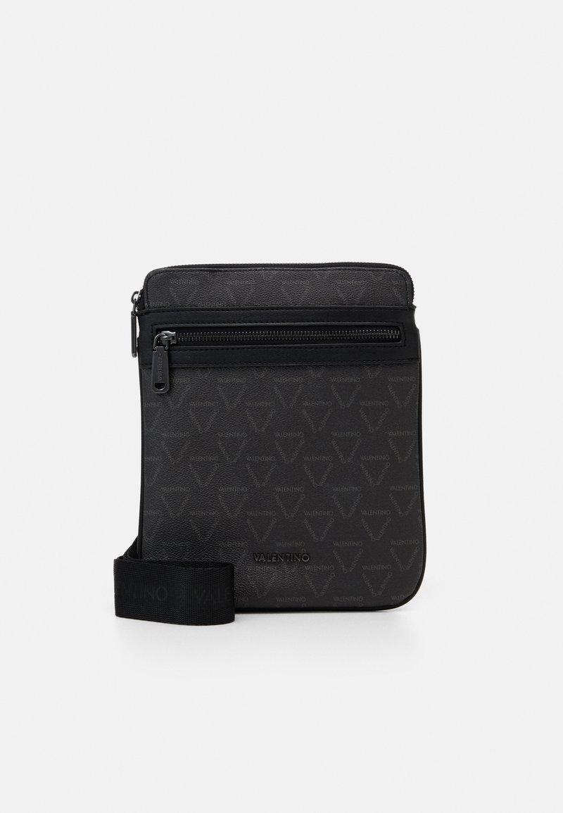 Valentino Bags - LIUTO CROSSBODY - Across body bag - nero