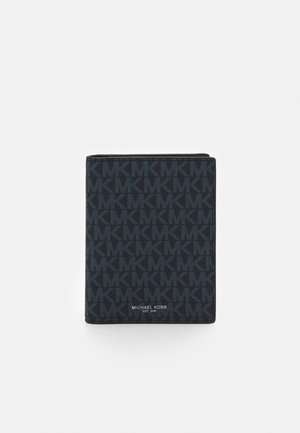 PASSPORT CASE - Passport holder - black