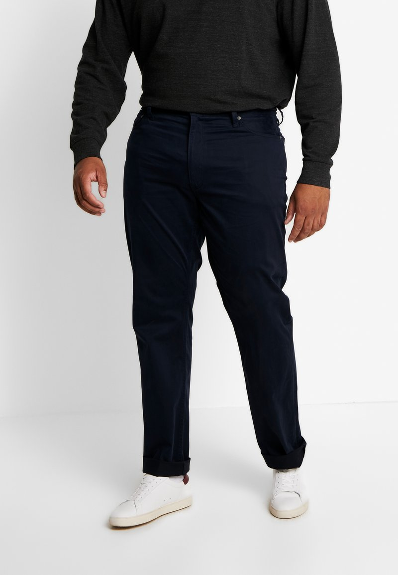 Polo Ralph Lauren Big & Tall - CLASSIC FIT VARICK  - Trousers - collection navy