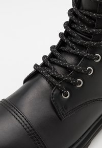 Versace Jeans Couture - Lace-up ankle boots - nero - 5