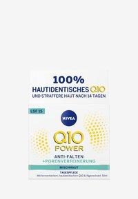 Nivea - Q10 POWER ANTI WRINKLE PORE REFINE DAY CREAM SPF 15 - Anti-Aging - - - 2