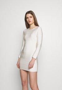 Hervé Léger - ICON LONG SLEEVE DRESS - Shift dress - alabaster - 0