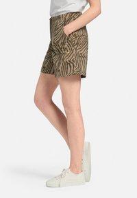 MARGITTES - Shorts - taupe/schwarz - 6