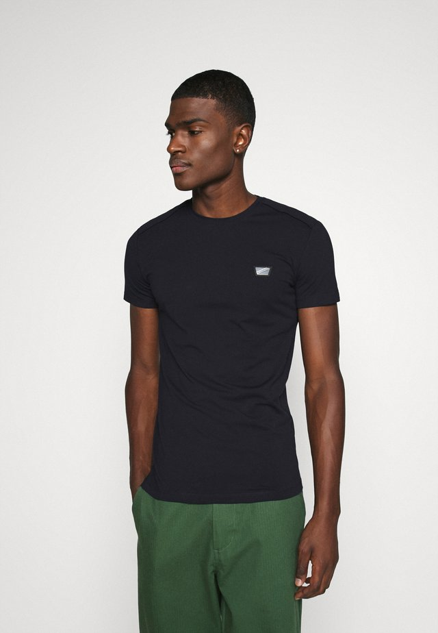 SUPER SLIM FIT - Basic T-shirt - ink blu