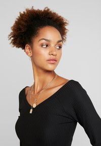 ONLY - ONLMOLLY V NECK - Long sleeved top - black - 5