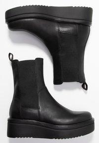 Vagabond - TARA - Wedge Ankle Boots - black - 6