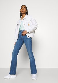 Levi's® - 725 HIGH RISE BOOTCUT - Jeansy Bootcut - rio rave - 3