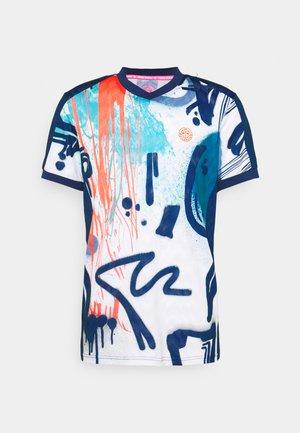 BIJAN TECH TEE - T-shirt med print - white/dark blue
