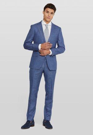 SET - Suit - blue