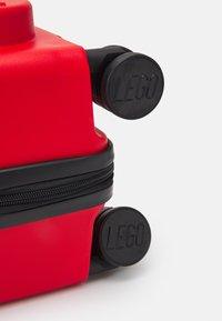 Lego Bags - LEGO SIGNATURE - Kufr - bright red - 4