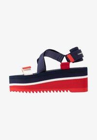 Tommy Jeans - POP COLOR FLATFORM SANDAL - Sandály na platformě - twilight navy - 1