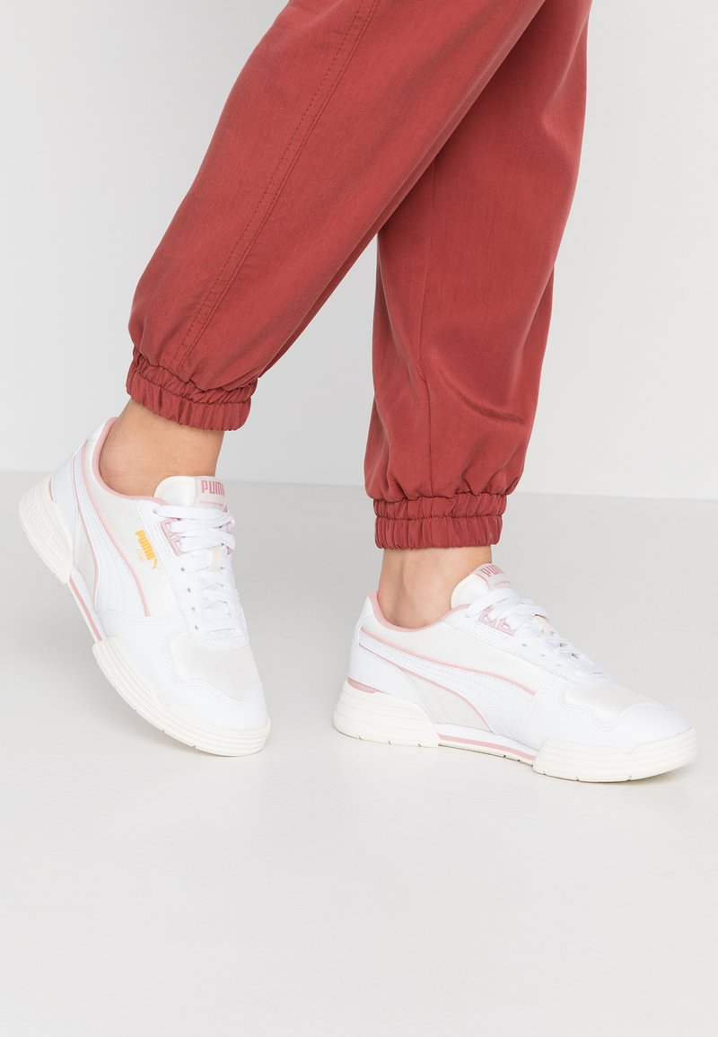 Puma - Baskets basses - white/bridal rose/marshmallow