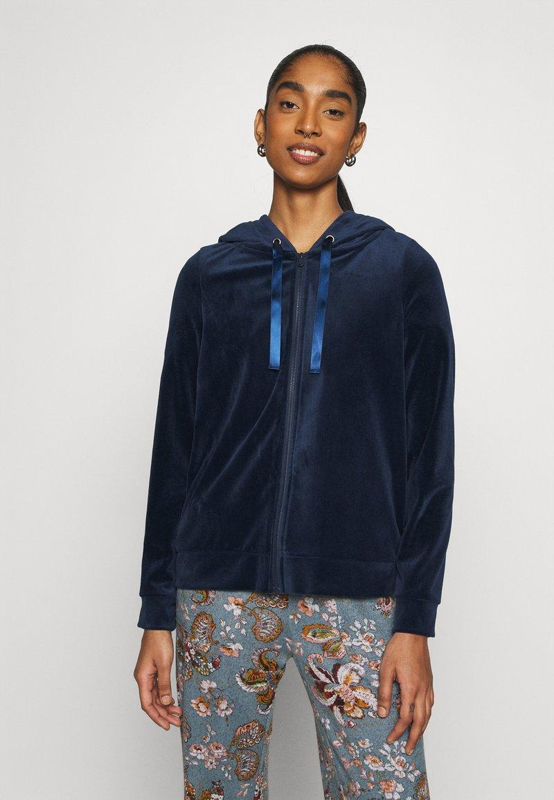 Vero Moda - VMATHENA - Zip-up hoodie - navy blazer