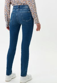 BRAX - STYLE SHAKIRA - Jeans Skinny - used light blue - 2