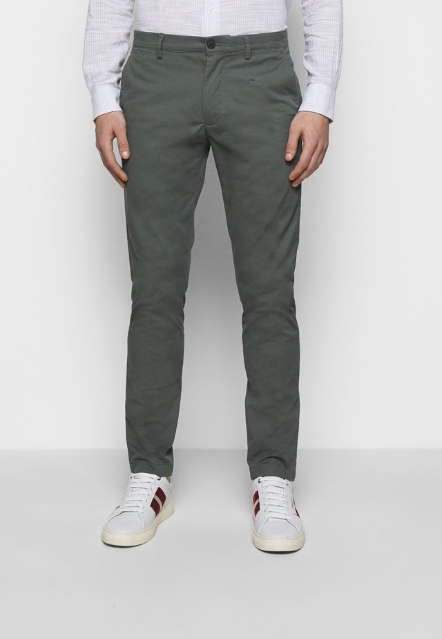 CONNOR  - Chino - military green