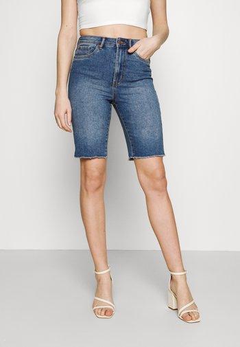 VMLOA FAITH MIX - Denim shorts - medium blue denim