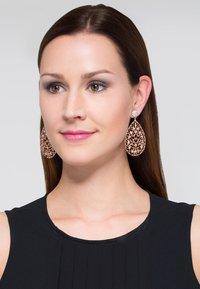 SNÖ of Sweden - SALWEEN - Earrings - roségoldfarben - 0