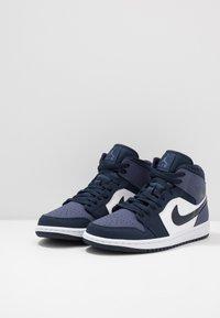 Jordan - AIR JORDAN 1 MID - High-top trainers - obsidian/sanded purple/white - 2