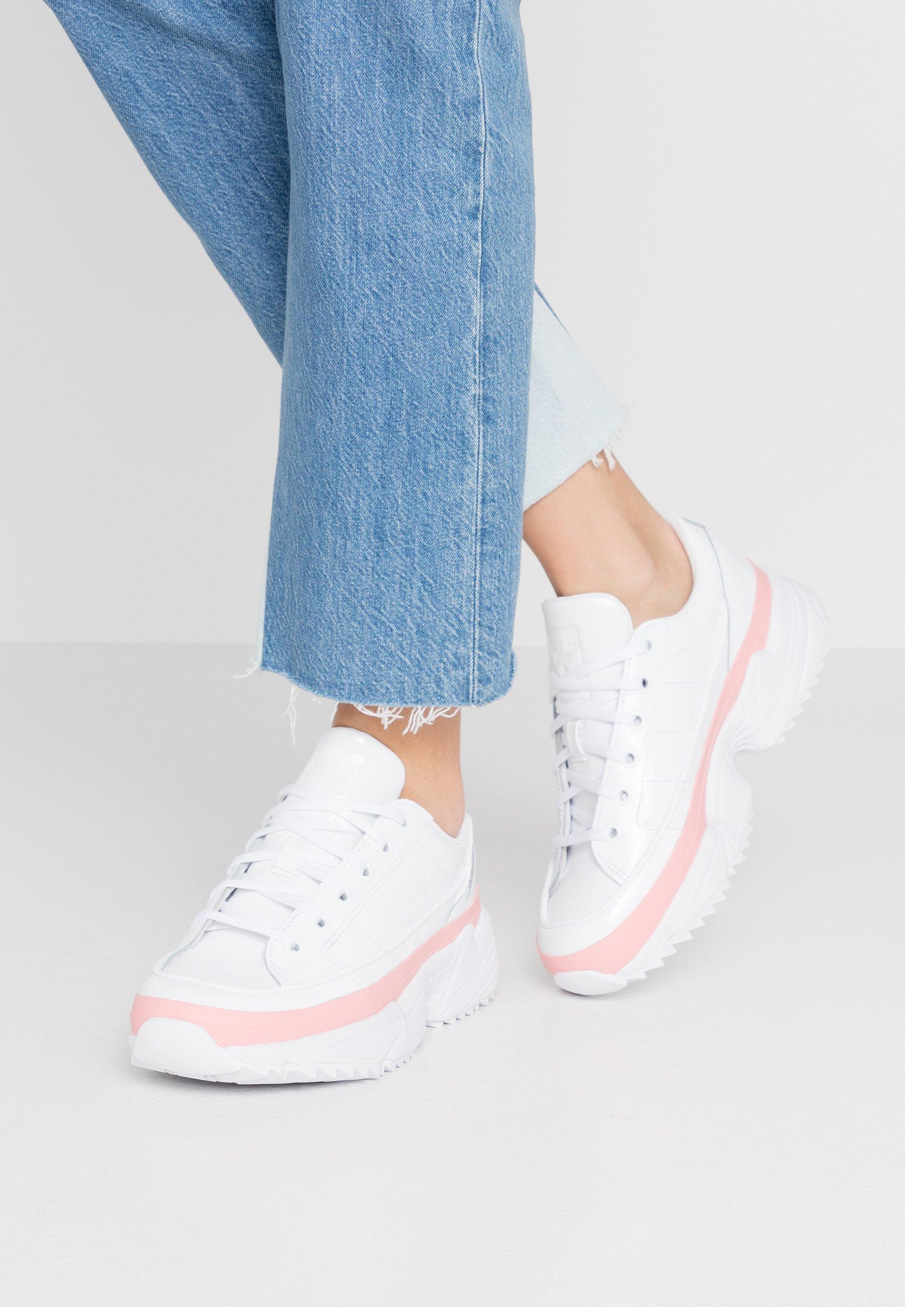 Niedrogi Zniżka adidas Originals KIELLOR - Sneakersy niskie - footwear white/glow pink | Obuwie damskie 2020 F1MDe