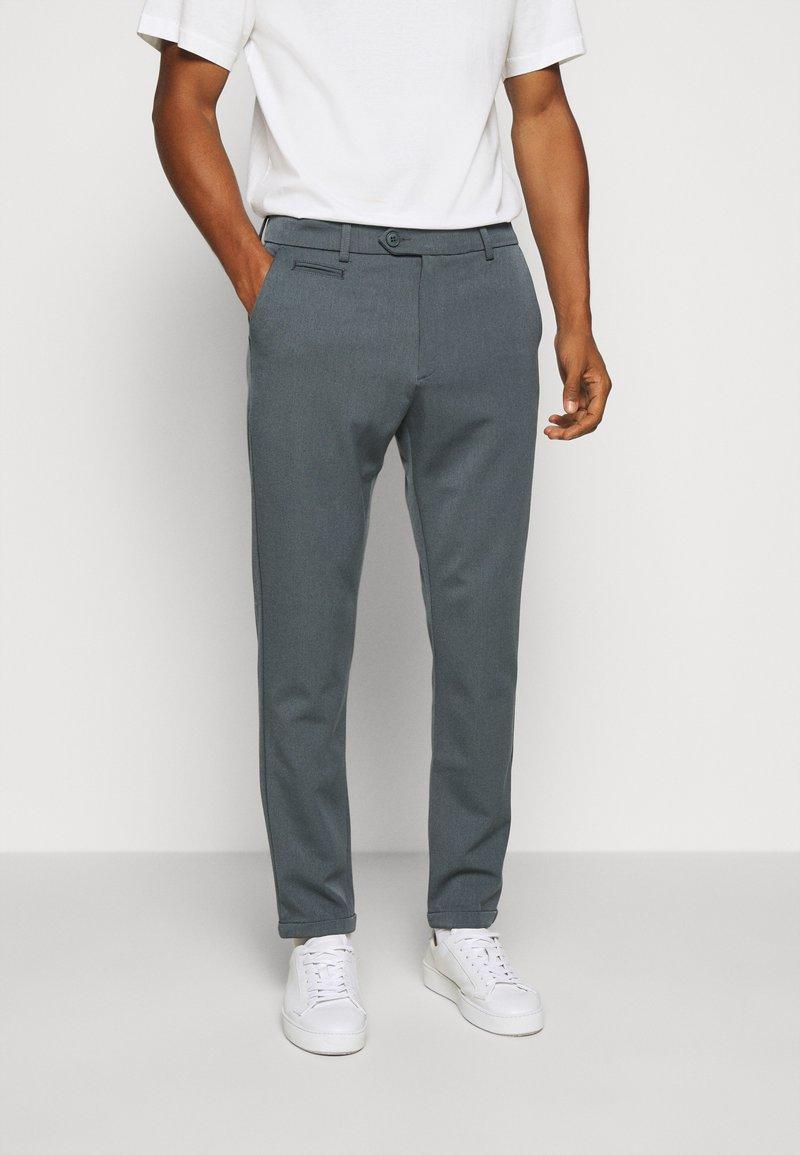 Les Deux - COMO SUIT PANTS SEASONAL - Trousers - blue fog