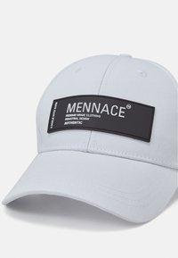 Mennace - BADGE BASEBALL - Casquette - white - 3