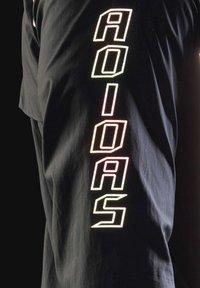 adidas Performance - ADI RUNNER SUPERNOVA RUNNING - Chaqueta de entrenamiento - black - 8