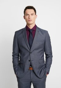 Selected Homme - SLHSLIM MYLOBILL LT SUIT - Kostym - light blue - 2