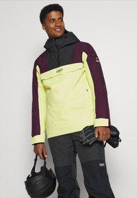COLOURWEAR - ANORAK - Snowboard jacket - yellow - 5