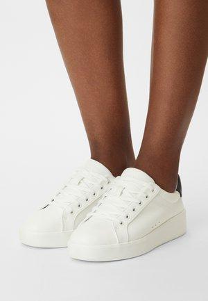 ONLSOUL - Tenisky - white