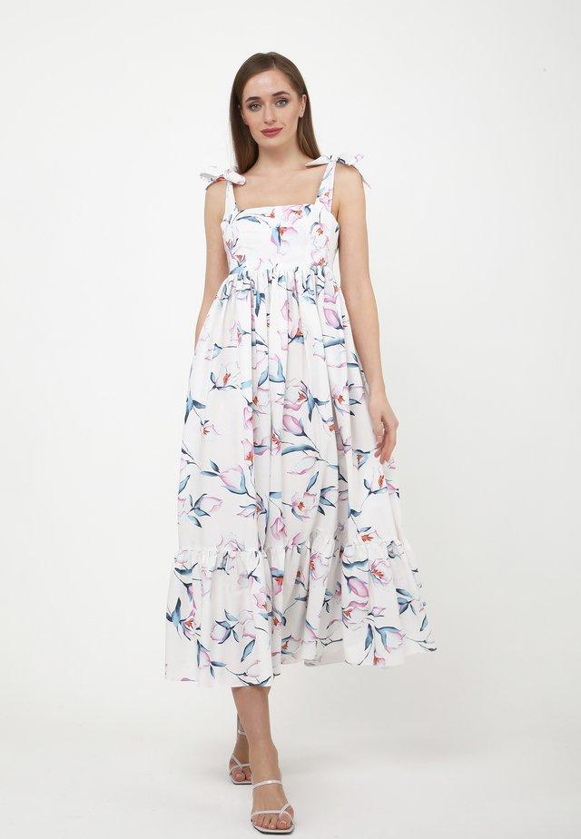 Robe longue - weiß, rosa