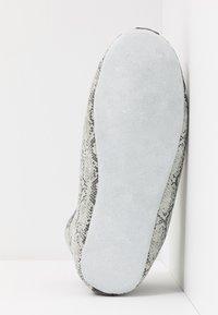 Shepherd - LINA - Tofflor & inneskor - light grey - 6