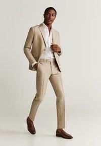 Mango - FLORIDA - Pantalon de costume - open beige - 1