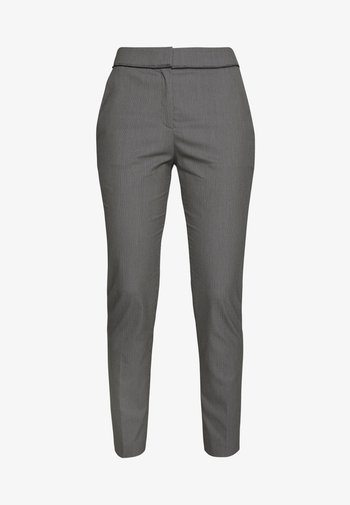 THE CROPPED TROUSERS