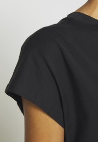 GAP - T-shirt basic - true black - 8