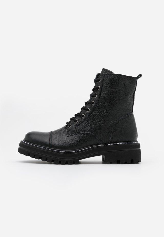 LAZZY - Platåstøvletter - black