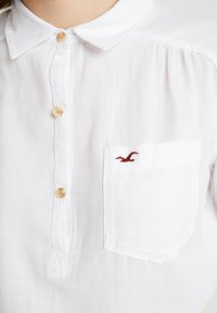 Hollister Co. - LONG SLEEVE POPOVER - Bluser - white - 5