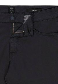 BOSS - Slim fit jeans - dark blue - 5
