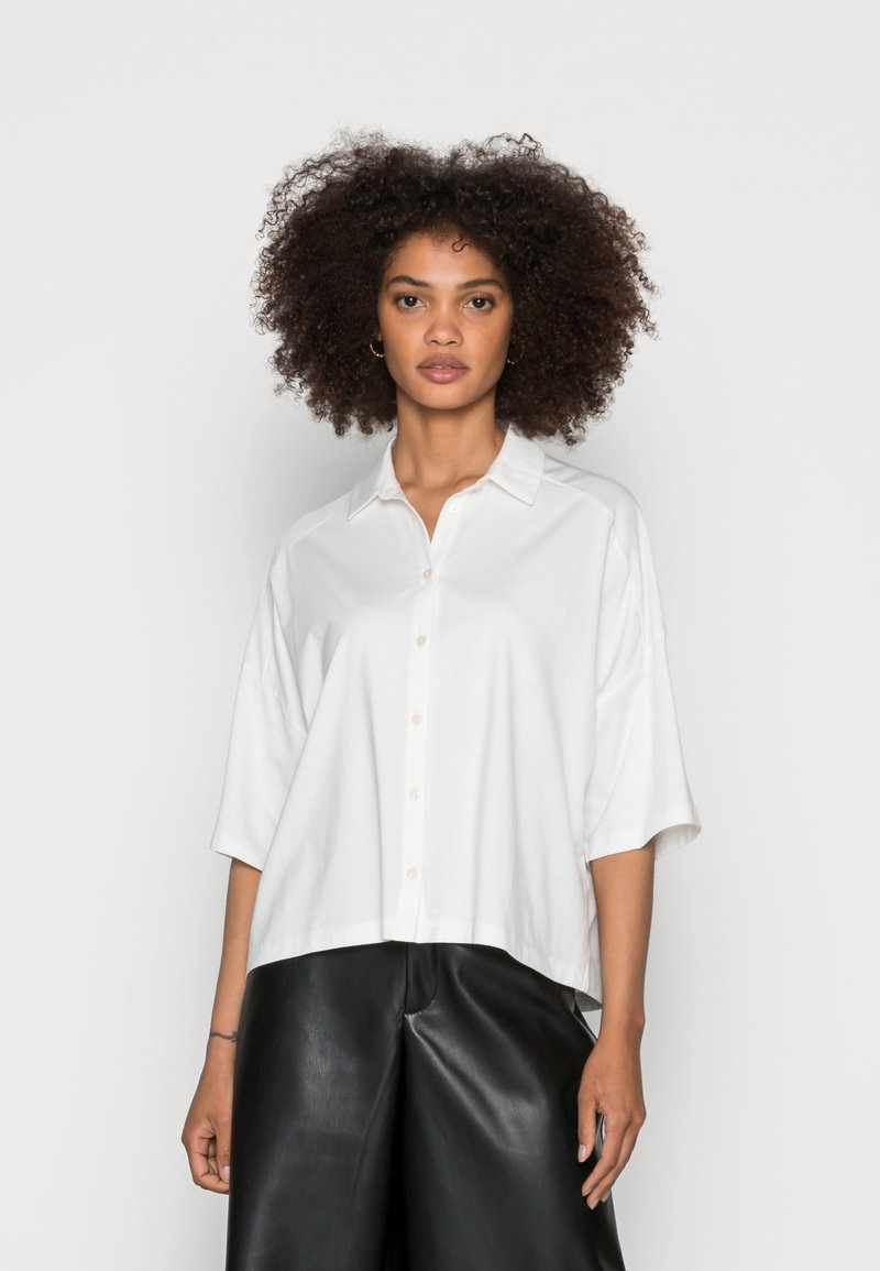 Marc O'Polo - JERSEY BLOUSE  SMALL STAND UP COLLAR BUTTON CLOSURE - Button-down blouse - white
