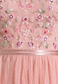 Needle & Thread - ELSIE RIBBON BODICE MAXI DRESS - Společenské šaty - rose fairy tale - 2